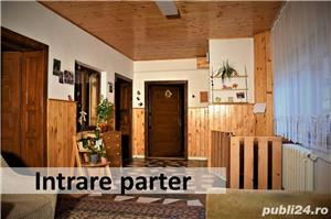 De vânzare casa cu 3 niveluri, mult spațiu de locuit și spațiu ideal pentru afacere, garaj în curte - imagine 2
