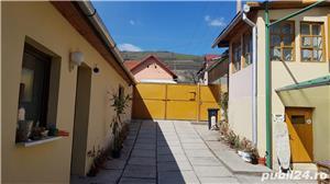 Casa cu gradina si anexe in localitatea Slimnic, judetul Sibiu - imagine 1