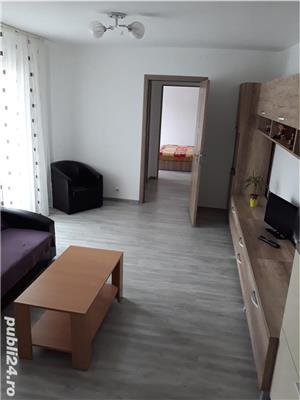 Închiriez apartament cu 2 camere confort 1cu centrala  - imagine 2