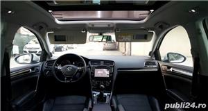 Golf 7 RAR EFECTUAT camera video, trapa panoramica electrica, piele, pornire fara cheie, clima, Led - imagine 3
