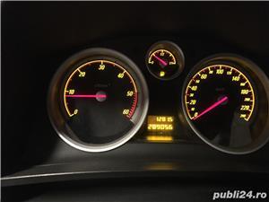 Opel Zafira OCAZIE cu 7 locuri, carte de service si facturi pt fiecare reparatie. - imagine 3
