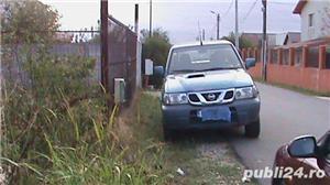 Nissan Terrano ii - imagine 2