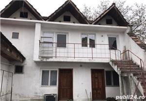 Casa de vanzare + 2 spatii comerciale - Central  - imagine 2