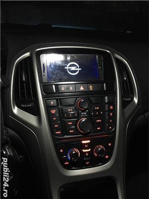 Opel astra 1,4i full klima 2011 navi xenon - imagine 9