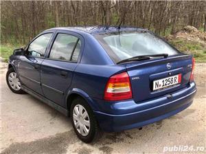 Opel Astra G 1.6i euro 4 120000km cu carte service - imagine 2