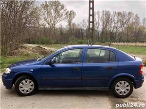 Opel Astra G 1.6i euro 4 120000km cu carte service - imagine 3
