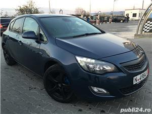Opel astra 1,4i full klima 2011 navi xenon - imagine 11