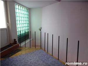 Apartament cu 5 camere transformat in apartament cu 4 camere - imagine 13