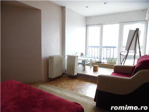Apartament cu 5 camere transformat in apartament cu 4 camere - imagine 18
