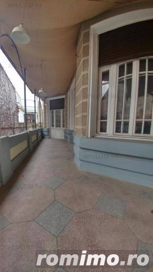 Vila interbelica cu 10 camere | Zona Dacia- Vasile Lascar -C.A.  Rosetti - imagine 11