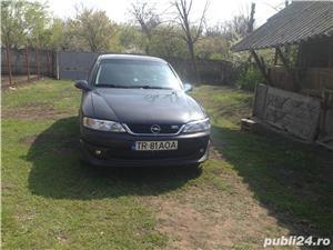 Opel vectra - imagine 4