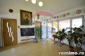 Apartament 98 mp strada Colinei - imagine 2
