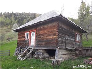 Casa din lemn  - imagine 1