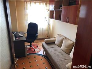 Apartament de exceptie, cu 4 camere, Bacau, direct de la proprietar, modernizat, curat, spatios - imagine 15