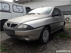 Lancia ypsilon - imagine 1