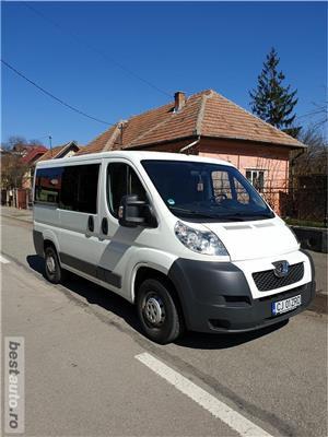 Peugeot Boxer Diesel 9 Locuri - imagine 3