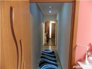 Apartament Deva cinema Patria 48mp decomandat complet mobilat si utilat - imagine 3