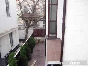 Vila cu 9 camere | Interbelica| Consolidata | Zona Piata Alba Iulia -Bd.Unirii - imagine 4