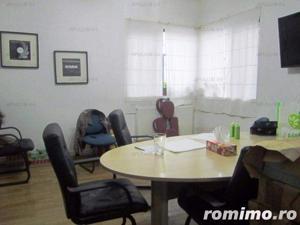 Vila cu 9 camere | Interbelica| Consolidata | Zona Piata Alba Iulia -Bd.Unirii - imagine 13