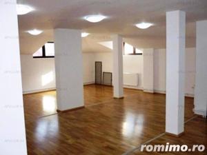 Vila cu 9 camere | Interbelica| Consolidata | Zona Piata Alba Iulia -Bd.Unirii - imagine 9