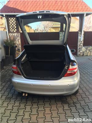 Mercedes-benz 220 - imagine 8