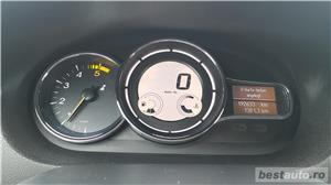 Renault megane - imagine 19