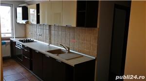Proprietar vand apartament cu 3 camere - imagine 1