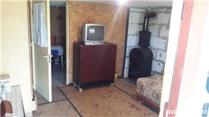 vand casa curte cu teren 6800 euro neg - imagine 2