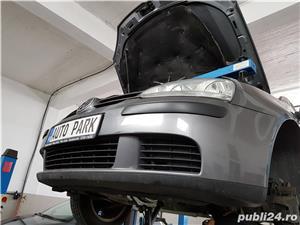 VW Golf 5 V 1.9TDI Volanta + Kit ambreiaj Nou Navigatie DVD Rate Credit Leasing - imagine 14