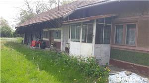 Casa si teren Dambovita,Cornatelu.La 50 Km de Bucuresti. - imagine 2