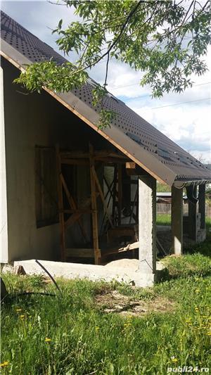 Vand casa la rosu, comuna Merisani, sat Dobrogostea - imagine 8