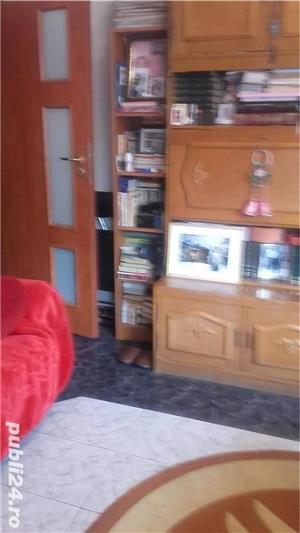 proprietar vând apartament 2 camere - imagine 1