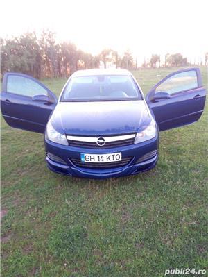 Opel astra GTC - imagine 8