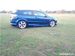 Opel astra GTC - imagine 4