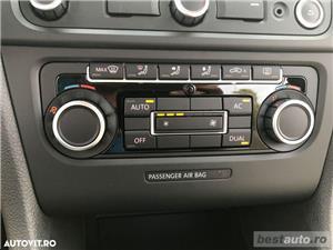 Volkswagen Golf VI / 1.6 TDi 105 CP / Navigatie RNS 510 / Tapiterie Piele Bej / Senzori de Parcare . - imagine 14