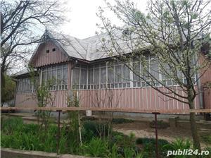 Casa si teren de vanzare - imagine 1