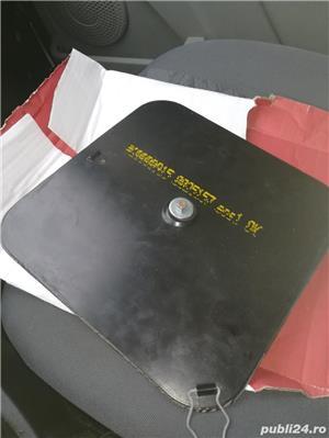 Suport magnetic pentru firma taxi - imagine 2