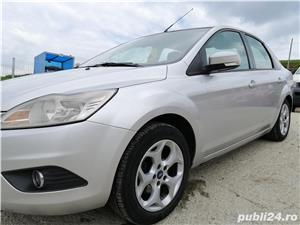Ford Focus 1.6 benzina - imagine 1