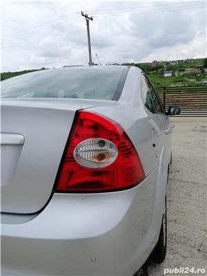 Ford Focus 1.6 benzina - imagine 2