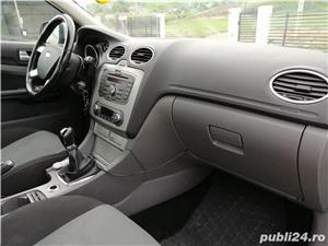 Ford Focus 1.6 benzina - imagine 6