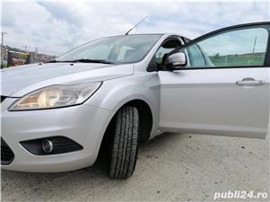 Ford Focus 1.6 benzina - imagine 17