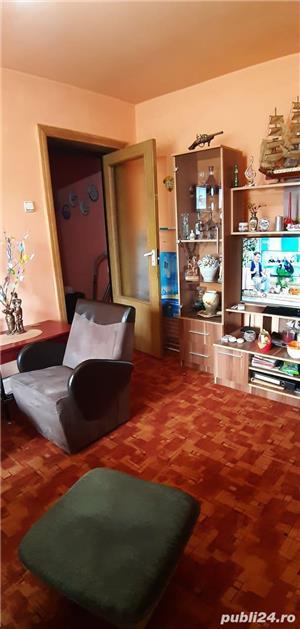 Vand Apartament cu 3 camere - Oravita, Zona-Garii - imagine 10