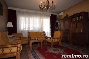 apartament cu 3 camere Calea Victoriei vis a vis de muzeul colectiilor de arta al romaniei - imagine 1