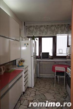 apartament cu 3 camere Calea Victoriei vis a vis de muzeul colectiilor de arta al romaniei - imagine 7