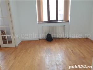 Calea Calarasilor apartament in vila centrala proprie etajul 1 - imagine 3