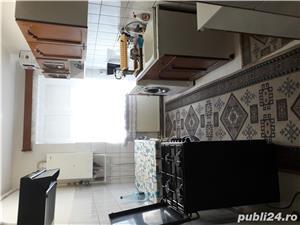 Apartament de închiriat, 2 camere decomandate ,bucătărie, baie, cămară, balcon închis,   în Blaj   - imagine 3