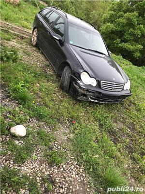 Mercedes-benz Clasa C avariat - imagine 1