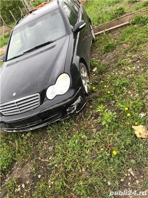 Mercedes-benz Clasa C avariat - imagine 2