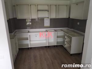 Apartament finisat in bloc nou cu garaj zona Complexului Sportiv - imagine 5