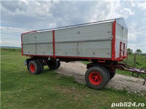 Remorcă platformă baloti, Remorci cereale 12 tone - 26 tone, Plug - imagine 8
